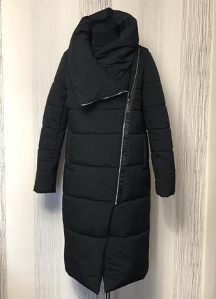 Пальто ,пуховик  ,стильно и тепло , по 56 размер.