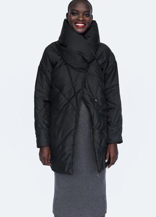 Куртка  удлиненная с объёмным воротником zara, s