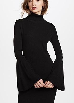 Изысканное черное трикотажное платье рубчик