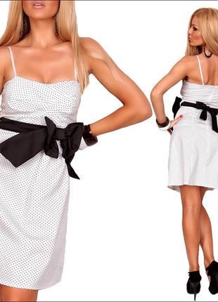Платье средней длины с бантом