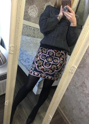 Трикотажная юбка zara с вышивкой