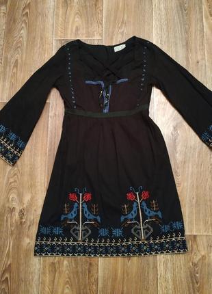 Чёрное платье вышиванка xdye