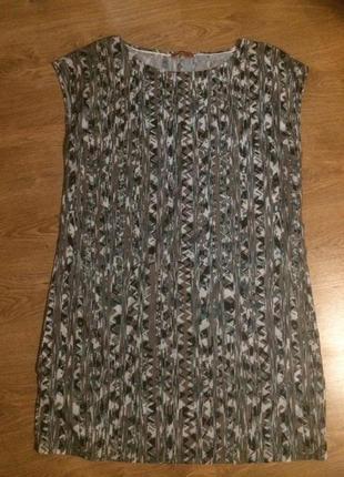 Актуальное прямое платье