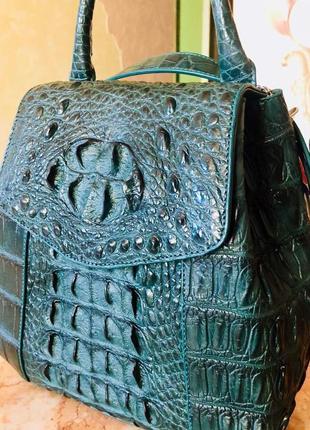 Сумка-рюкзак из кожи крокодила