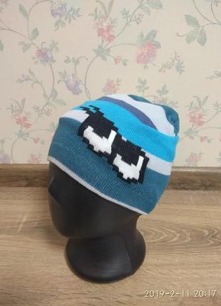 Яркая весенняя шапка для мальчиков