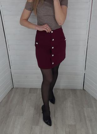 Бордовая юбка с пуговицами asos