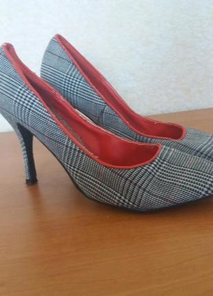 Красивые туфли рр 37