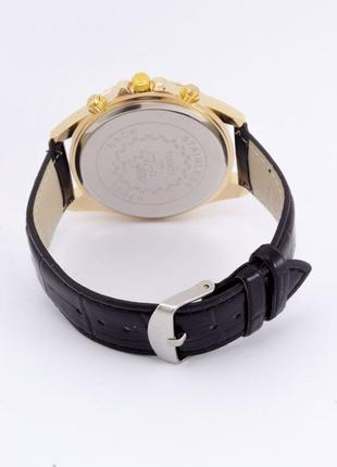 Красивые часы в подарочной коробочке3