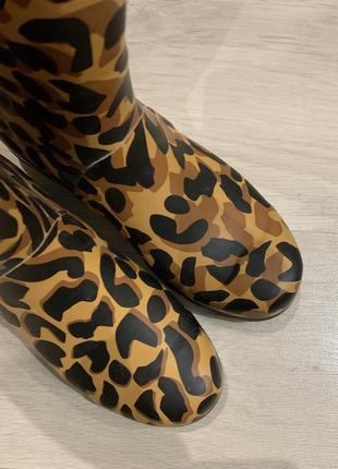 Резиновые сапоги леопардовый принт juju4 фото
