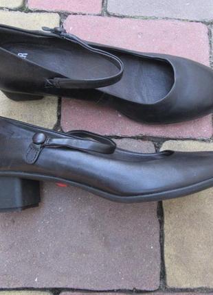 Кожа  новые туфли camper