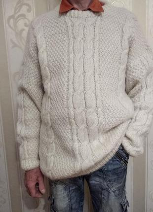 Вязаный шикарный свитер , шерсть, большой размер.