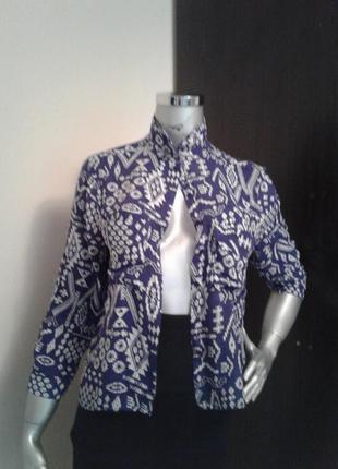 Тонекая приятная стильная блуза рубашка