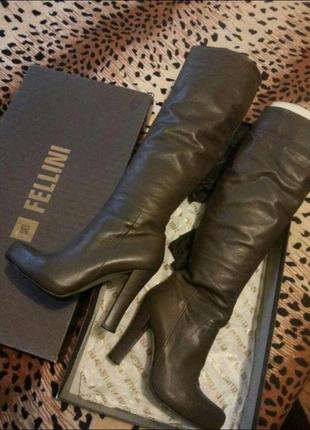 Итальянские демисезонные сапоги fellini, оригинал, кожа, состояние новых, цвет серый