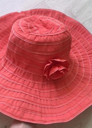 Шляпа кораловая