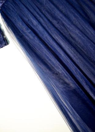 Оригинальное шикарное многослойное платье с кружевом сhi сhi london5 фото