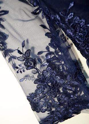 Оригинальное шикарное многослойное платье с кружевом сhi сhi london3 фото