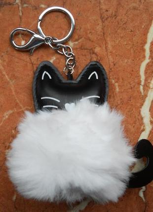 Котенок меховой брелок на сумку, кот котик мех, меховой помпон, для ключей