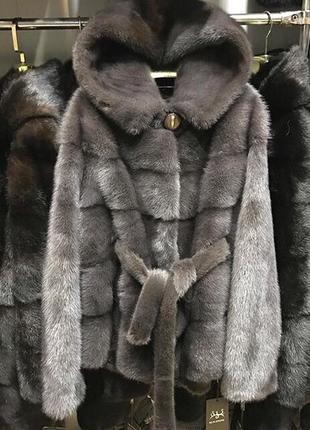 Натуральная норковая шуба 70 см с капюшоном цельный мех