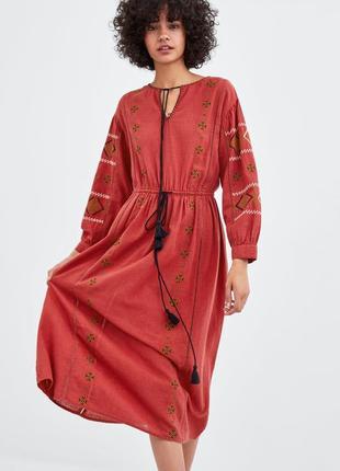 Платье миди с вышивкой zara. оригинал, испания