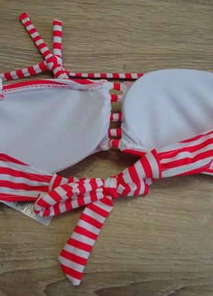 Новый, фирменный верх от купальника(бандо). размер xs. на маленькую грудь.4 фото