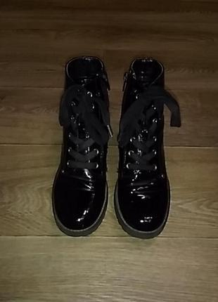 Лаковые ботинки graceland