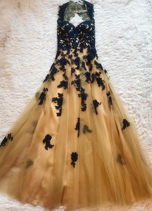 Шикарное длинное платье на выпускной😍