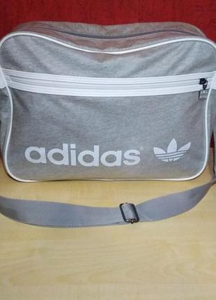 Качественная фирменная сумка