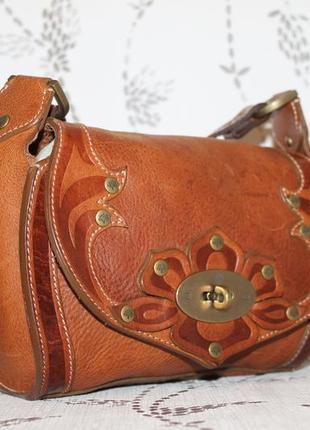 Стильная кожаная сумка кроссбоди от mulberry