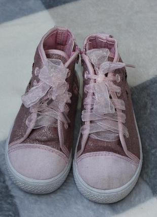 Кеди, взуття, обувь