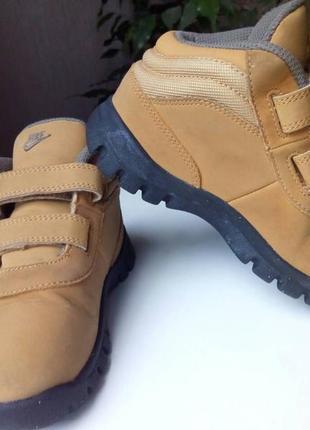 Детские демисезонные ботинки nike.1