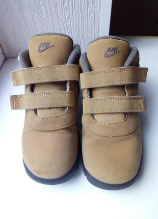 Детские демисезонные ботинки nike.5