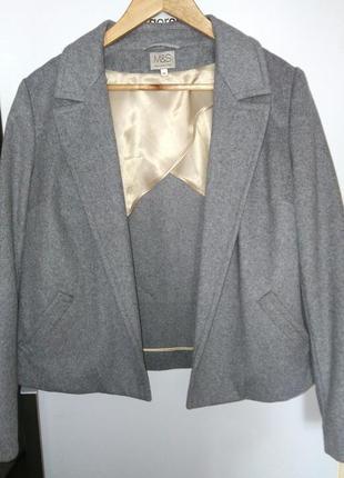 Базовый серый шерстяной структурированный жакет от marks & spencer