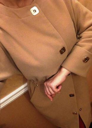 Шикарное стильное пальто  кашемир 100 %