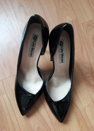 Туфли лодочки черные