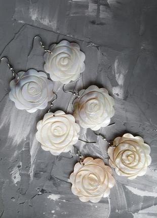 Жемчужные серьги перламутр натуральный розы цветы резные
