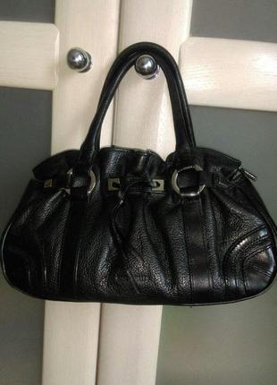 Элегантная удобная сумка