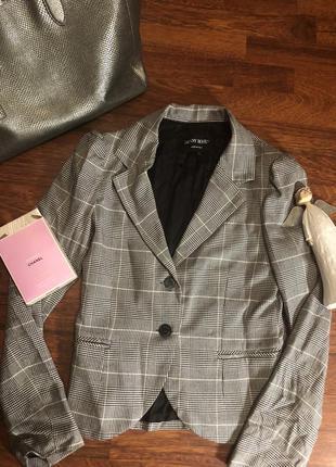 Стильный итальянский пиджак с красивой спинкой в клетку -тренд 2019💥