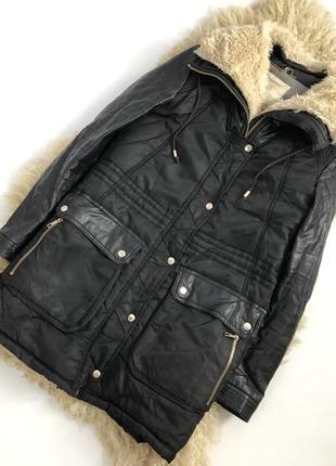 Крутая куртка оверсайз с кожаными вставками
