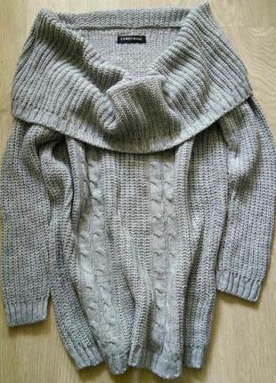 Женский вязаный свитерок с широким горлом