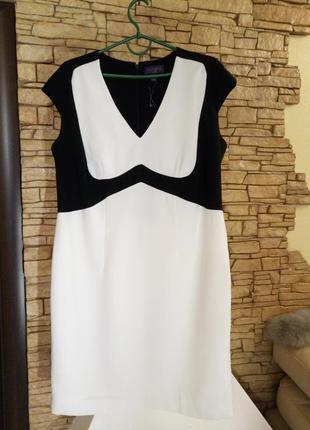 Классическое платье-футляр ,52-54 размер