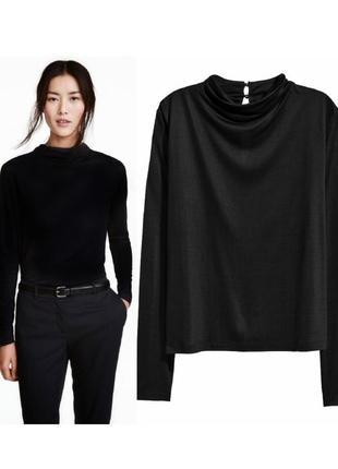 Черный базовый топ с драпировкой,базовая черная водолазка,черная блуза с драпировкой