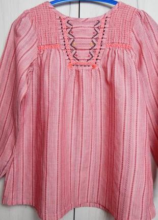 Красивая туника-блуза с вышивкой на девочку
