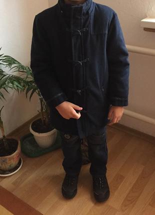 Кашемировое пальто куртка на 7-8лет