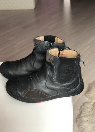 Кожаные ботинки бренда garvalin для мальчика