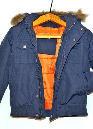Стильная фирменная теплая куртка f&f на мальчика 5-6 лет рост 116 см