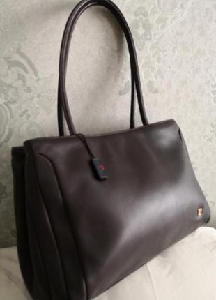 Шикарная кожаная брендовая сумочка pierre cardin