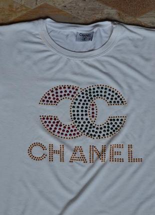 Футболка chanel  белая /белая футболка с принтом2 фото