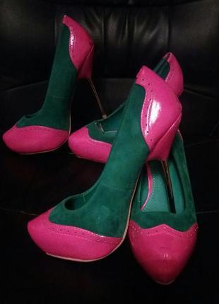 Эфектные туфли на железной шпильке sds1 фото