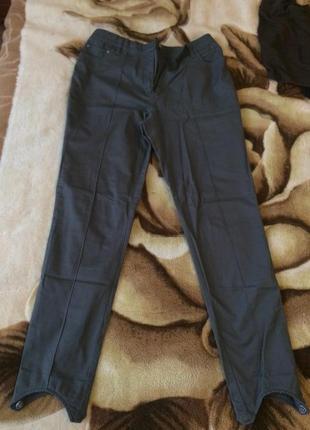 Милые штаны приятного серого цвета