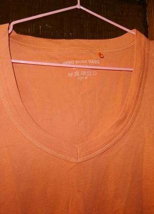 Котоновая  футболка с длинными рукавами